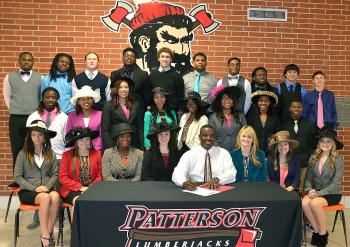 Patterson Mayor Rodney Grogan signed a  proclamation designating this week as the official week of homecoming for the school.
